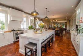 Woodhouse-craighall-kitchen